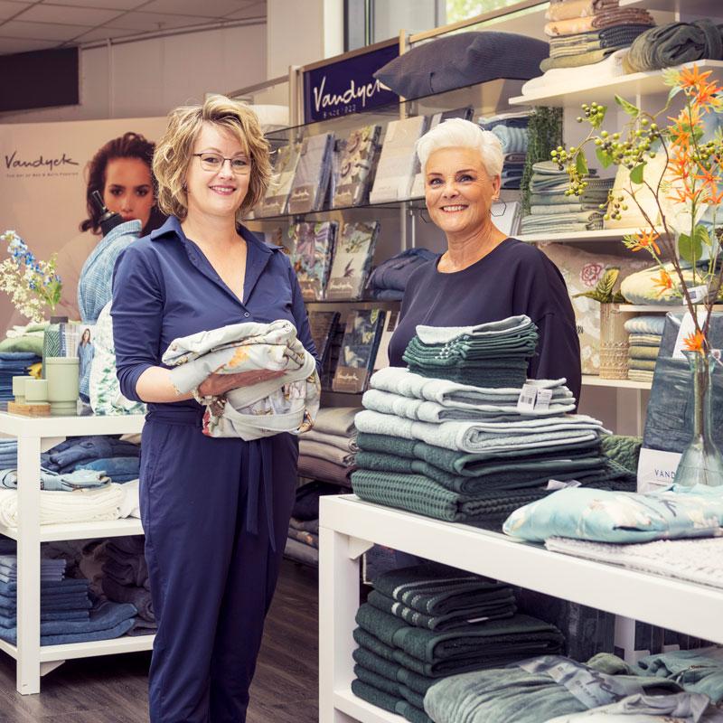 Wilma en Anneke Morgana Veenendaal